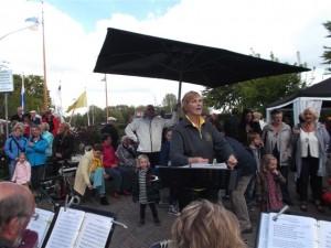 Opening brug naar Koudenhoorn 15 mei 2013 060